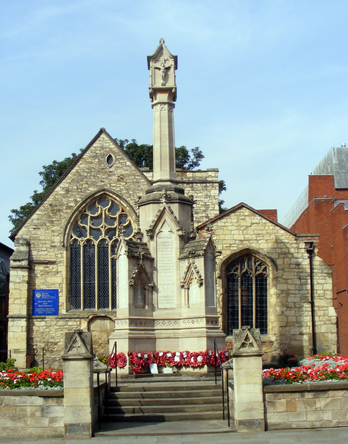 The City War Memorial on the High Street in front of St Benedict's.