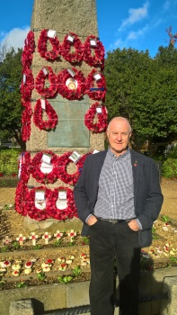 Kim Beasley rang his first quarter peal in remembrance of his great uncle Pte John Deacon a bellringer at Desborough