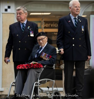 Corporal P. Constance, who landed on the beaches at Normandy, France on the 6th June 1944, pictured here at the Act of Remembrance at the City War Memorial with his wreath to lay.