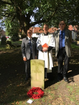Robert Wood (Chairman C&NY Branch), Rev. Jonathan Cooper and Barrie Dove (YACR President) at the grave of James Metcalfe